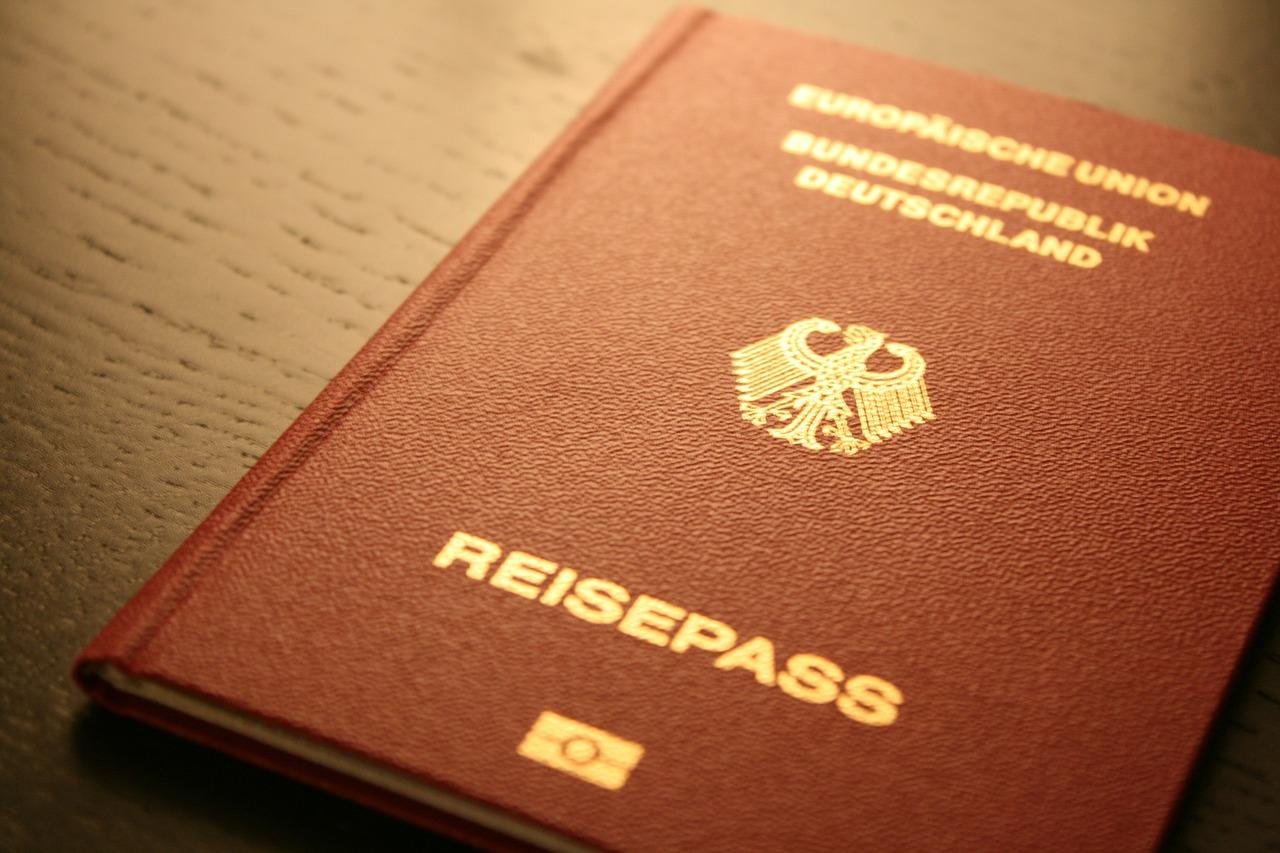 passport-249420_1280