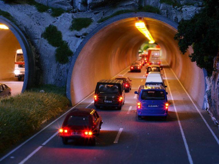 schweiz-autobahntunnel-nach