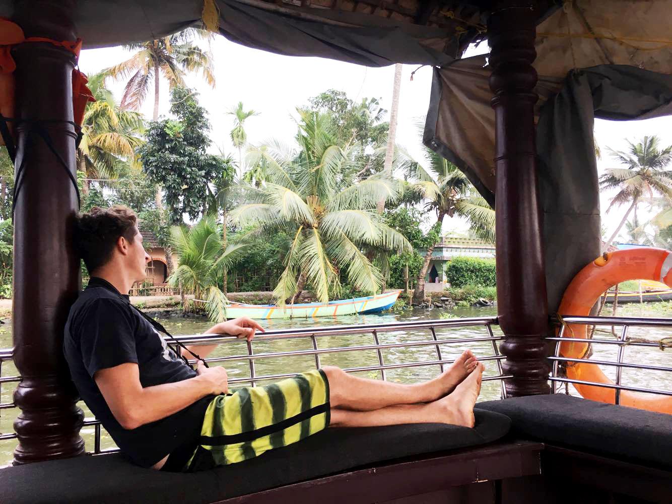 backwaters-kerala-alleppey_04
