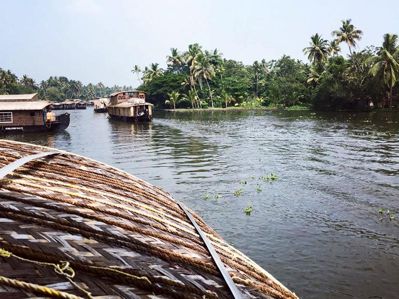 backwaters-kerala-alleppey